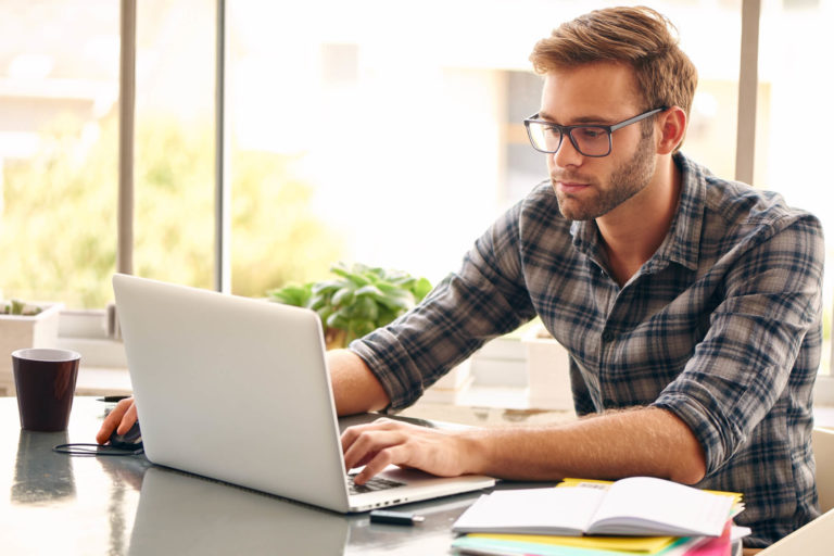 7 Advantages of Hiring a Professional Web Designer for Your Company
